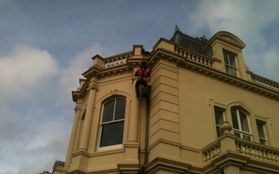 Scaffolding versus Rope Access